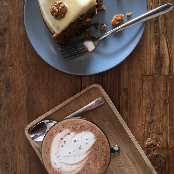 Foto tirada no(a) Viggo's Specialty Coffee por Philippe R. em 3/12/2016