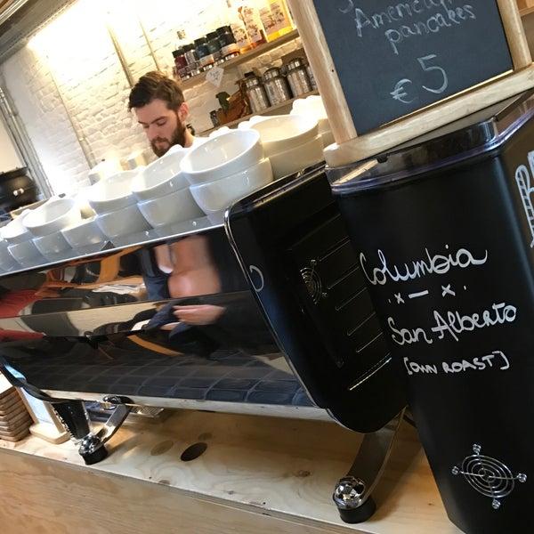 Foto tirada no(a) Viggo's Specialty Coffee por Philippe R. em 12/11/2016