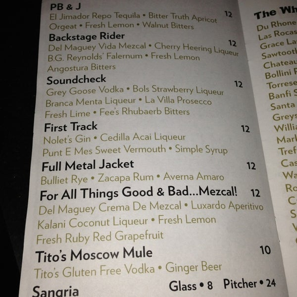 9/18/2013에 Carly K.님이 Vinyl Social Food & Drink에서 찍은 사진