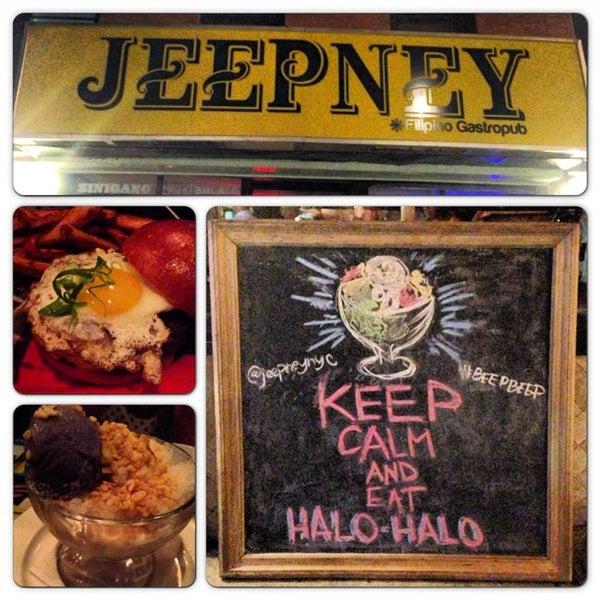 Foto tomada en Jeepney Filipino Gastropub por asa s. el 7/27/2013