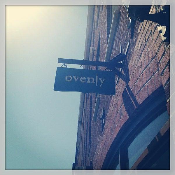 Das Foto wurde bei Ovenly von Manny V am 4/27/2013 aufgenommen