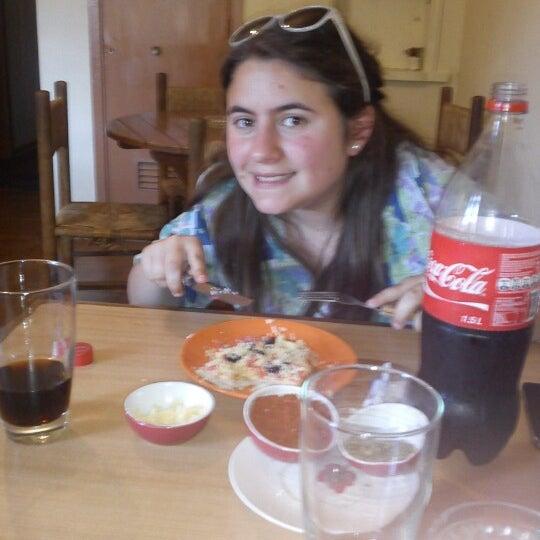 Foto scattata a Pizzeria La Torre da Natan O. il 11/3/2012