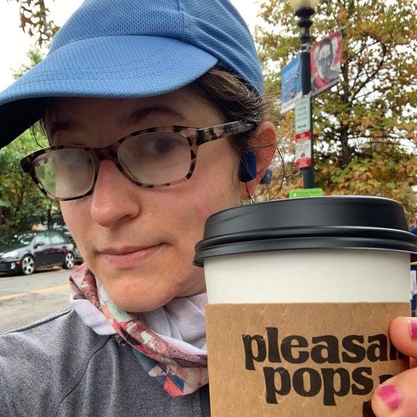 Foto scattata a Pleasant Pops Farmhouse Market & Cafe da Mel C. il 10/26/2020