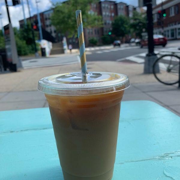 5/27/2019 tarihinde Mel C.ziyaretçi tarafından Pleasant Pops Farmhouse Market & Cafe'de çekilen fotoğraf