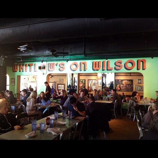Foto diambil di Whitlow's on Wilson oleh Frank G. pada 11/5/2011