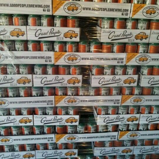 Foto diambil di Good People Brewing Company oleh Berkley pada 1/23/2012