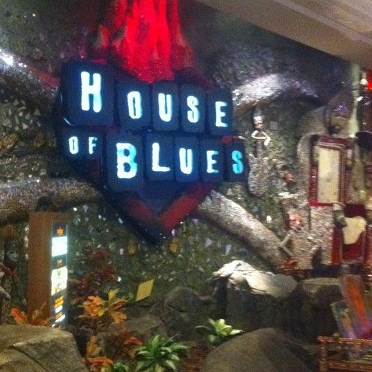 Снимок сделан в House of Blues пользователем Aminah M. 10/23/2011