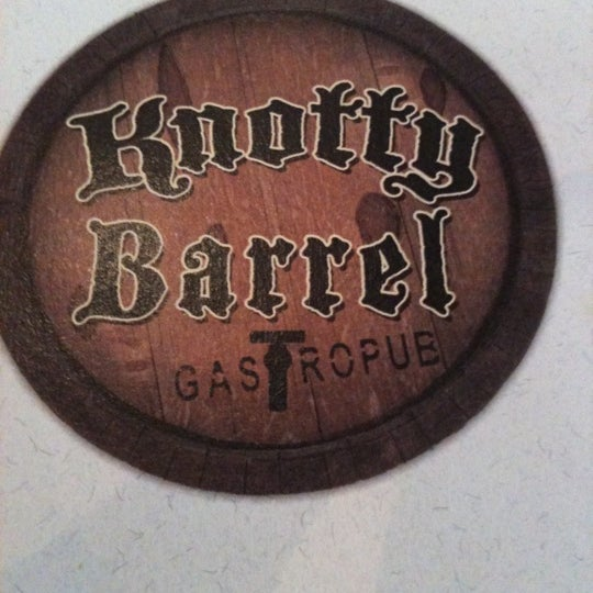 Foto tirada no(a) Knotty Barrel por Anna J. em 6/20/2012