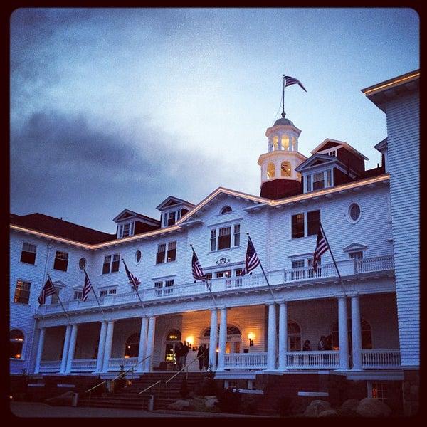Снимок сделан в Stanley Hotel пользователем Matt G. 5/27/2012