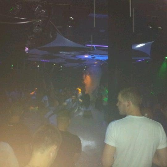 Ночном клубе слава тантрический клуб в москве юлии варры