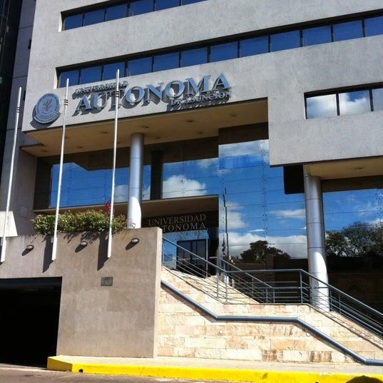 Снимок сделан в Universidad Autónoma de Asunción пользователем Jose L. 8/2/2011