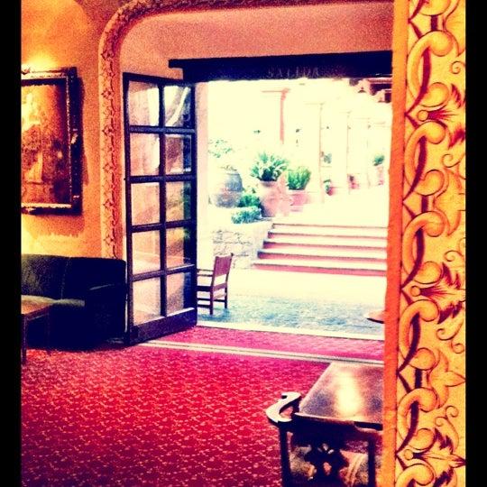 4/25/2012 tarihinde Christian T.ziyaretçi tarafından Hacienda de Los Morales'de çekilen fotoğraf