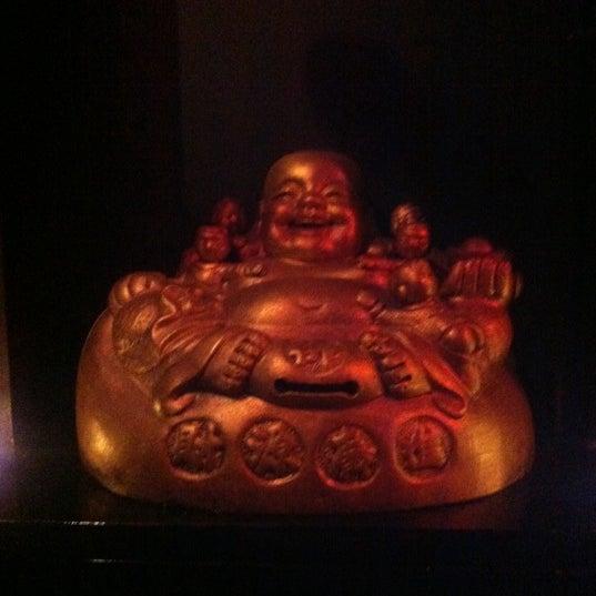 Das Foto wurde bei Buddha Republic von Nadia am 7/26/2012 aufgenommen