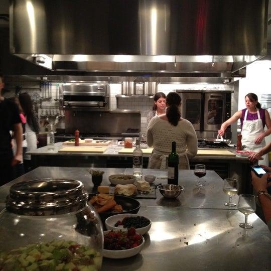 6/12/2012にJen B.がHaven's Kitchenで撮った写真