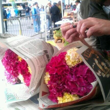 6/2/2012にCara T.がFerry Plaza Farmers Marketで撮った写真