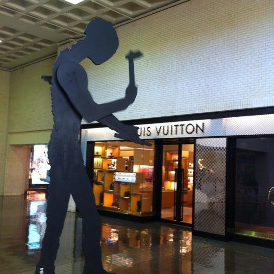 3/12/2012 tarihinde Manoel B.ziyaretçi tarafından NorthPark Center'de çekilen fotoğraf
