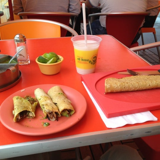 Снимок сделан в El Huequito пользователем Patricio R. 7/30/2012
