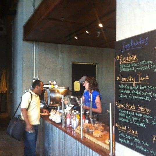 3/26/2012にPatrick Q.がCondesa Coffeeで撮った写真