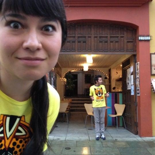 Foto tomada en Café Jaguar Yuú por Luis Felipe S. el 4/12/2012