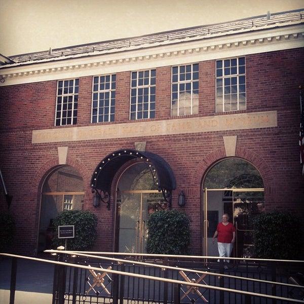 9/1/2012 tarihinde Matty S.ziyaretçi tarafından National Baseball Hall of Fame and Museum'de çekilen fotoğraf