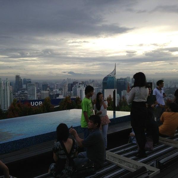 Foto diambil di SKYE oleh Mohd S. pada 12/30/2012