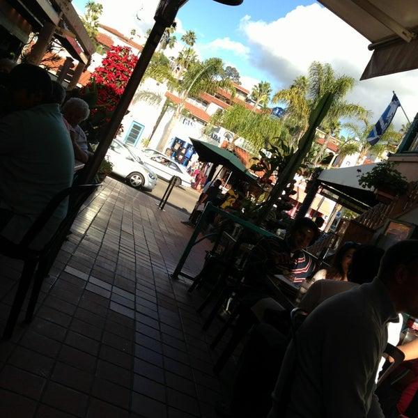 Foto tomada en Cafe Coyote por Jay el 12/23/2012