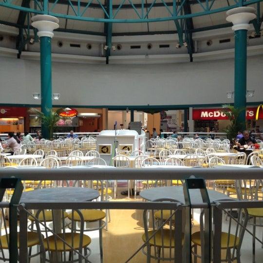 รูปภาพถ่ายที่ Shopping Iguatemi โดย Renan เมื่อ 10/13/2012