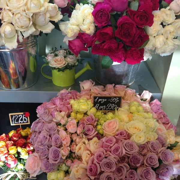 Букет роз, во имя розы доставка цветов москва