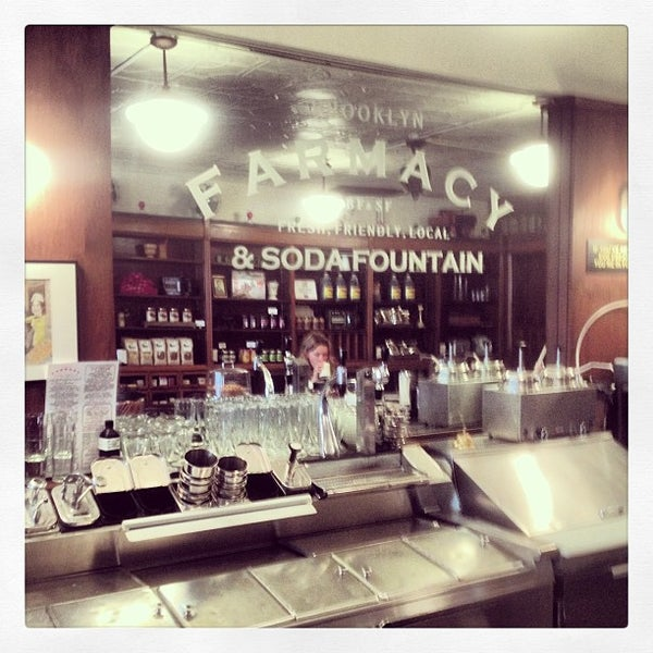 Foto scattata a Brooklyn Farmacy & Soda Fountain da Anthony C. il 1/18/2013