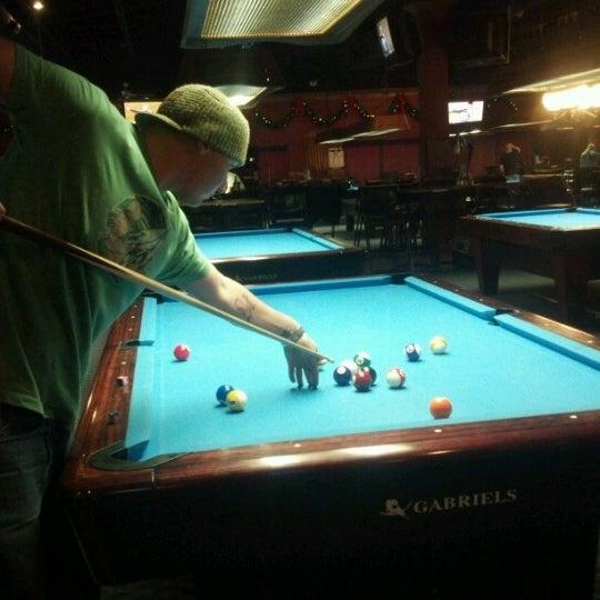 12/31/2012에 Nick O.님이 Two Stooges Sports Bar & Grill에서 찍은 사진