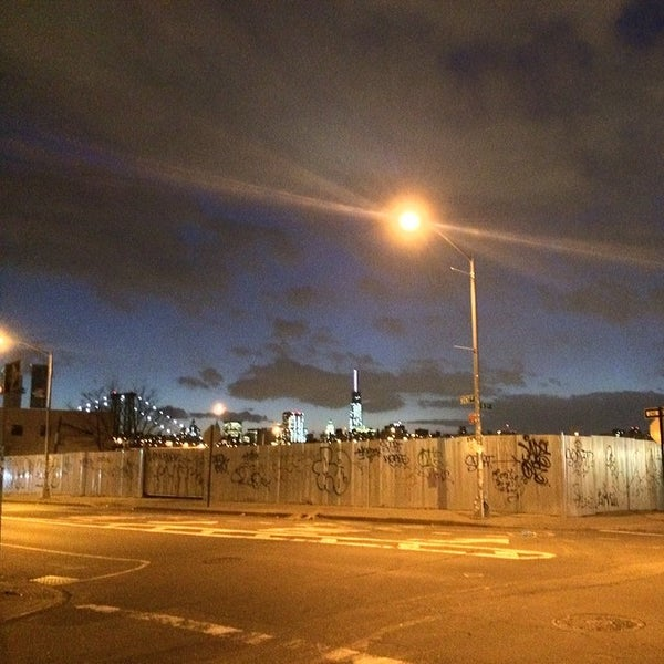 2/24/2014にTIURFがBaked in Brooklynで撮った写真