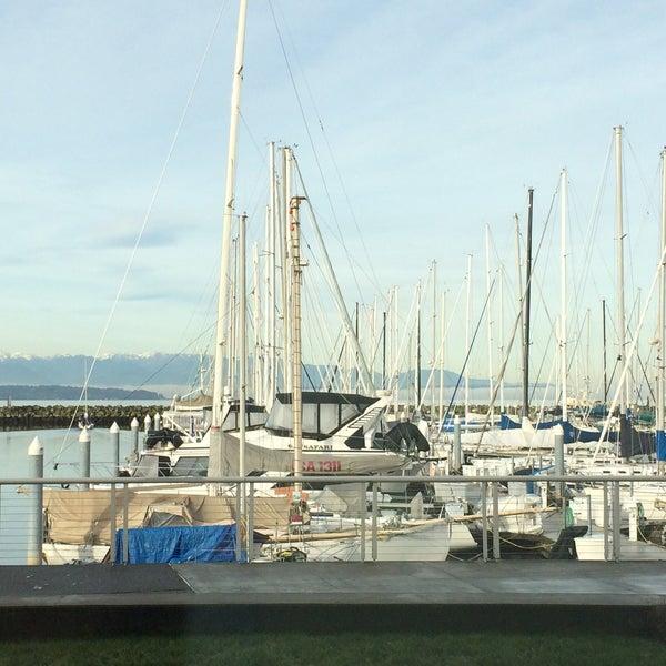 Photo prise au Seattle Sailing Club par Leslie B. le12/7/2014