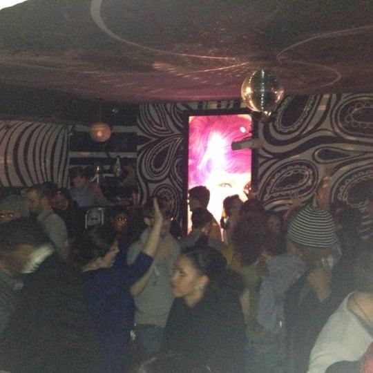 Foto scattata a Beauty Bar da Jo' Wanico (Nikolas) il 12/23/2012