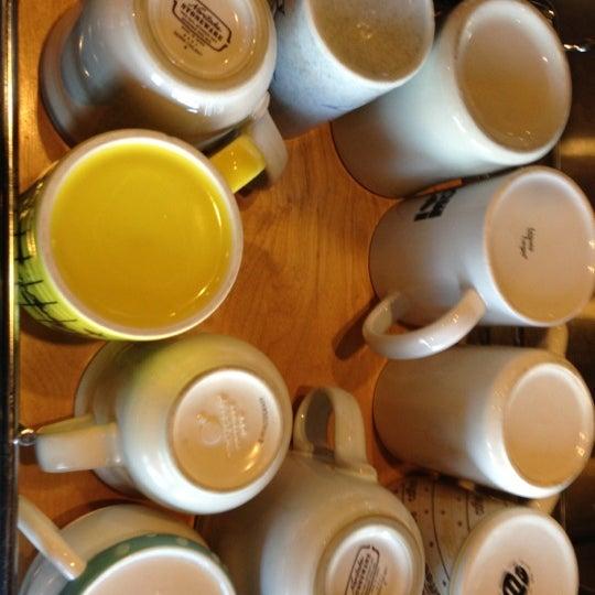 12/31/2012에 Benjamin K.님이 Peace Coffee Shop에서 찍은 사진