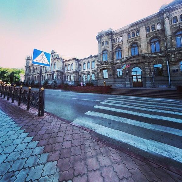 Снимок сделан в Площадь Ленина пользователем Лиса А. 7/18/2013