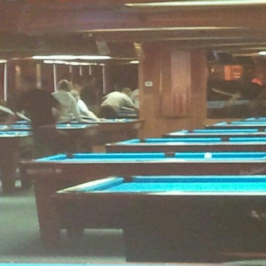 10/14/2012에 Jason B.님이 Two Stooges Sports Bar & Grill에서 찍은 사진