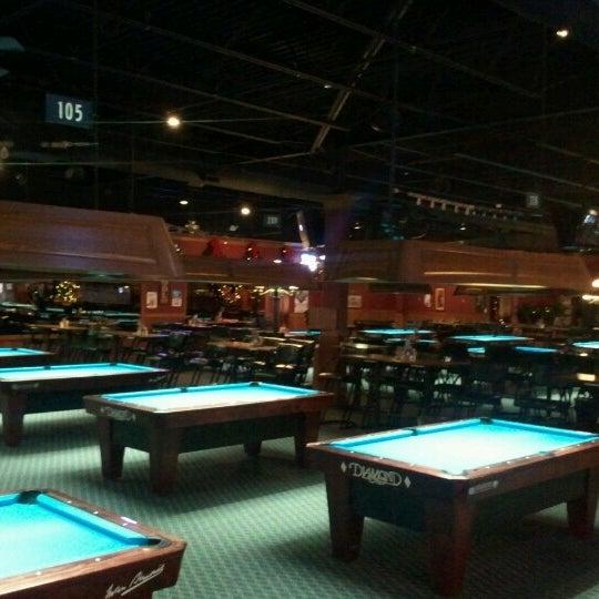 12/21/2012에 Jason B.님이 Two Stooges Sports Bar & Grill에서 찍은 사진