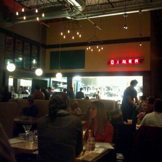 11/16/2012에 Sarah G.님이 Punch Bowl Social에서 찍은 사진