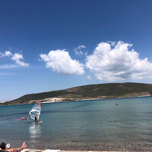 Das Foto wurde bei Alaçatı Surf Paradise Club von Yesim İ. am 5/12/2019 aufgenommen