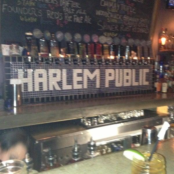 รูปภาพถ่ายที่ Harlem Public โดย Emma C. เมื่อ 5/21/2013