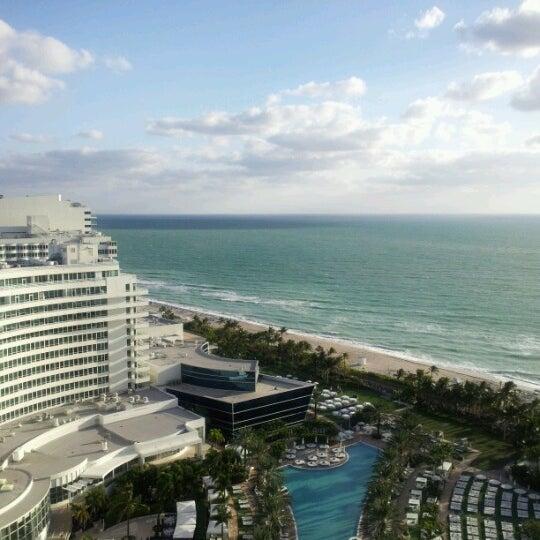 Photo prise au Fontainebleau Miami Beach par Kelsey M. le10/12/2012