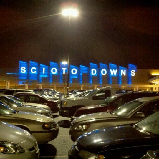Photo prise au Eldorado Gaming Scioto Downs par Cryssie Z. le12/9/2012