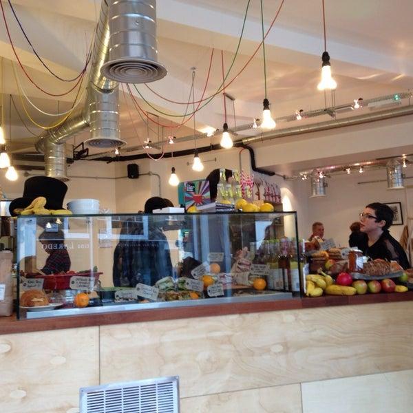 Really nice staff. Clean minimalist set up. Good food.