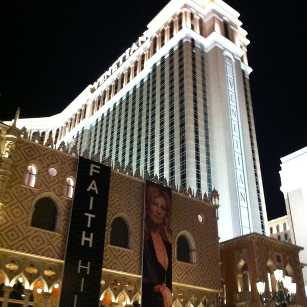 Foto tirada no(a) Venetian Resort & Casino por Till D. em 4/2/2013