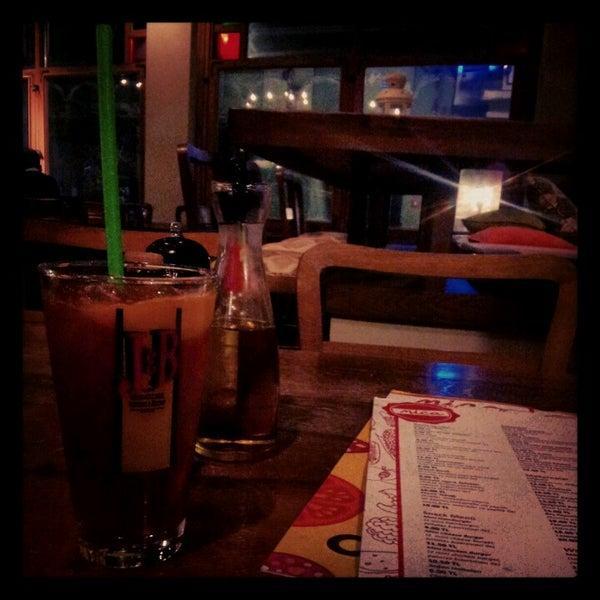 11/22/2012 tarihinde Seren K.ziyaretçi tarafından Mica Restaurant & Bar'de çekilen fotoğraf