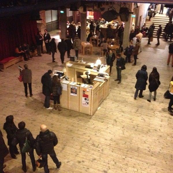 Снимок сделан в Teatro Franco Parenti пользователем Simone 3/3/2013