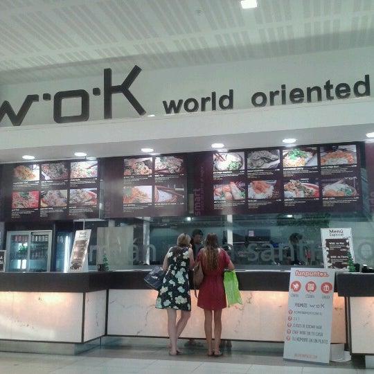 รูปภาพถ่ายที่ WOK Chile โดย Niko Luz ALejandra V. เมื่อ 12/30/2012