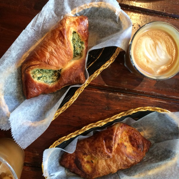 This place is filled with freshly baked speciality croissants. What more could you ask for?