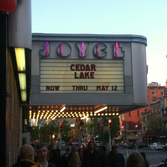 Photo prise au The Joyce Theater par Jen D. le5/8/2013