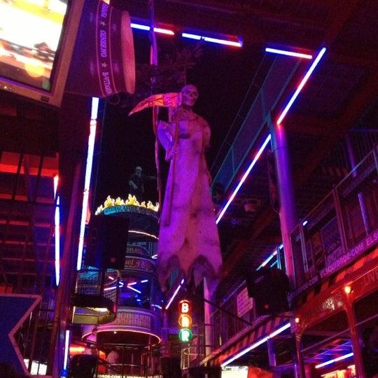 Foto scattata a El Squid Roe da Ithan il 11/2/2012